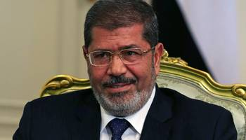 هيومن رايتس ووتش تطالب بالتحقيق مع السلطات المصرية في وفاة محمد مرسي