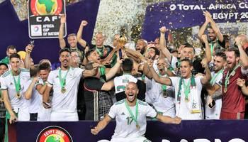 السفير الجزائري ببغداد يشكر ابناء الشعب العراقي لمساندتهم منتخب بلاده برحلة التتويج بامم أفريقيا