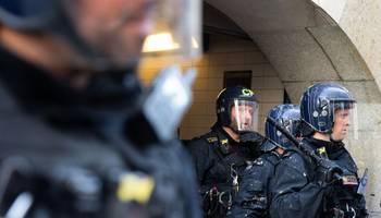 بريطانيا تحذر من هجمات تنفذها خلايا ارهابية تابعة لايران بعد التصعيد الاخير بين الدولتين
